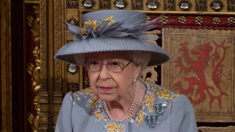 Se Murió El Nuevo Perrito De La Reina Isabel