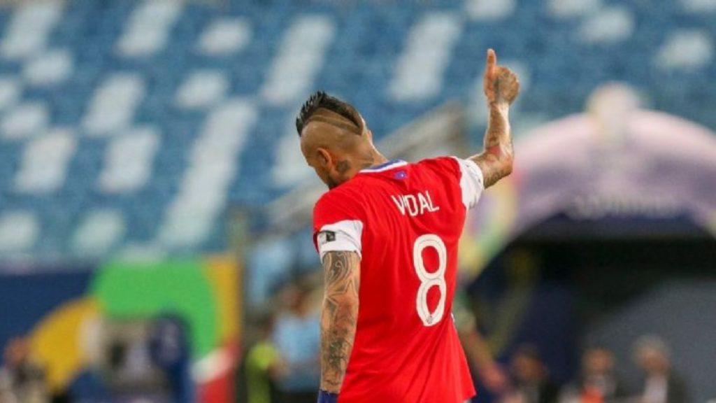 Selección Chilena En Problemas_ peluquero Conmebol Ingresa Sumario Sanitario Y Multas En La Roja