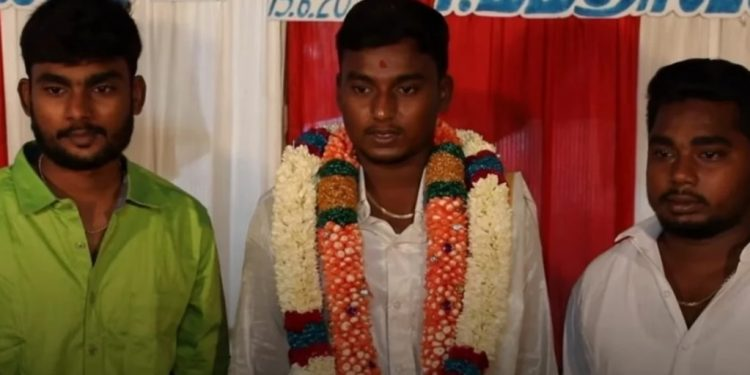 Unusual Case In India Leninism And Communism Went To The Marriage Of Socialism 55cadc4