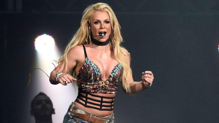 Las sensuales fotos que Britney Spears ha compartido en Instagram topless