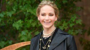 Jennifer Lawrence Luce Su Embarazo En Una Manifestación Proaborto