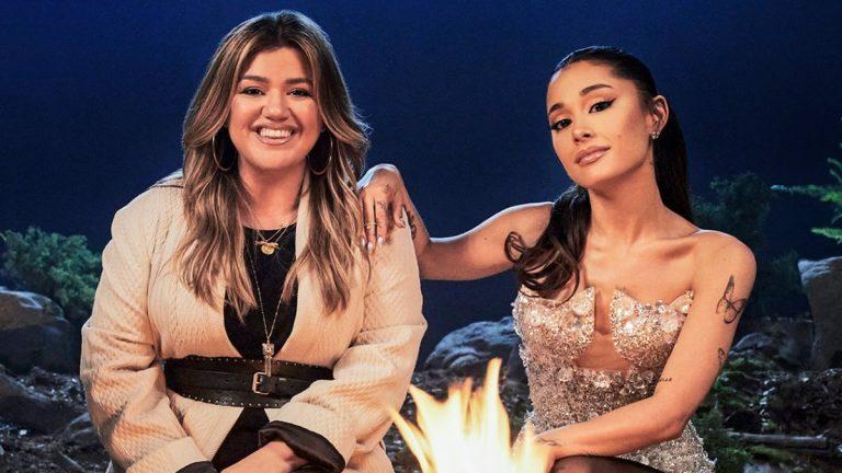 Kelly Clarkson Y Ariana Grande Adelantan La Navidad Con Su Nuevo Single